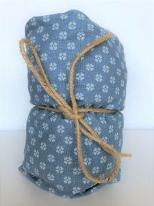 Blå varmepude blomst narturlig smertelindring