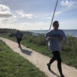 Den aktive mødregruppe stærk mor løb