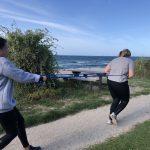 Den aktive mødregruppe stærk mor træning efter fødslen